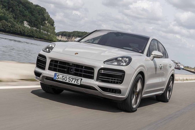 Porsche Cayenne Coupe 2019 LHD front narrow angle tracking
