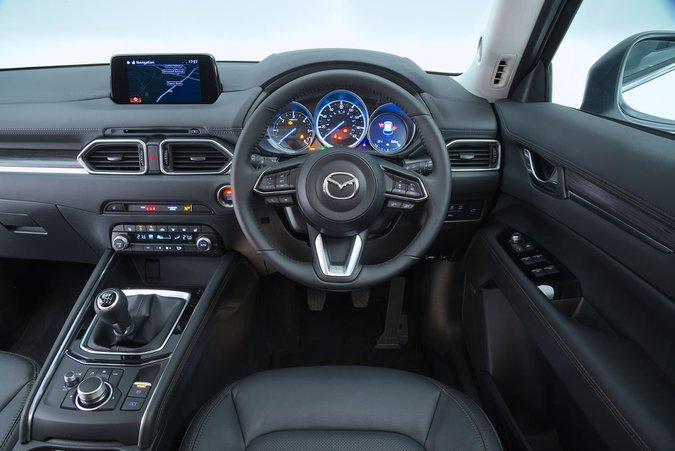 Mazda CX-5 - interni