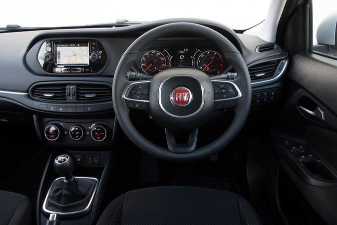 Fiat Tipo 1.4 Easy - interior