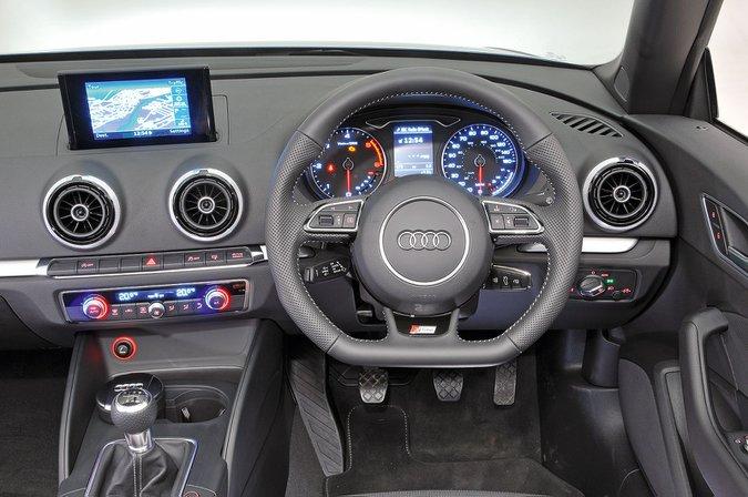Audi A3 Cabriolet (2014-present) - interior