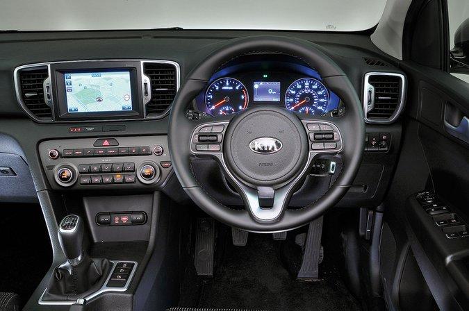 Kia Sportage (2016–present) - interior