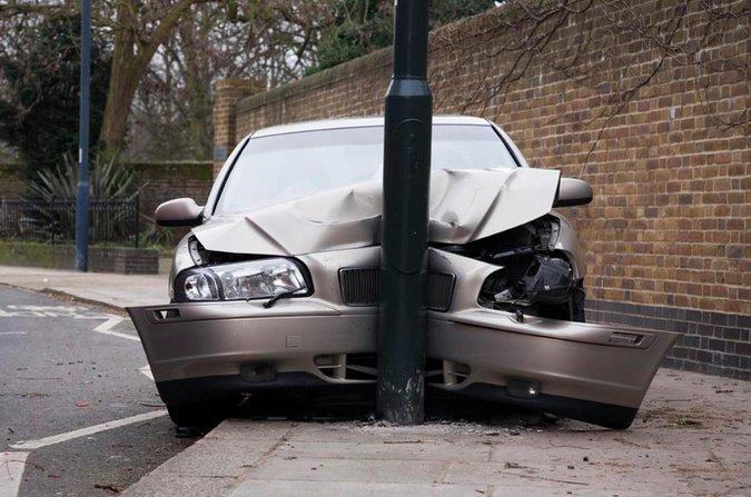 Crashed Volvo S80