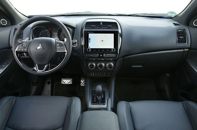 Mitsubishi ASX - interior