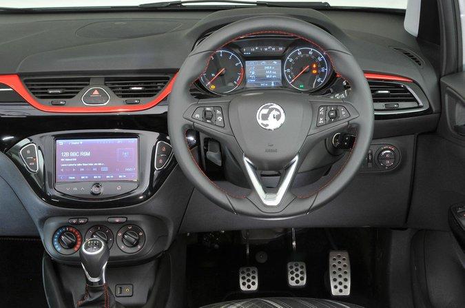 Opel Corsa - iç mekan