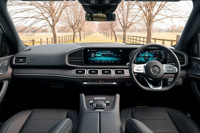Mercedes GLE - interior