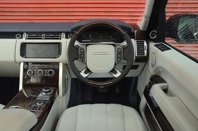 Range Rover - interior