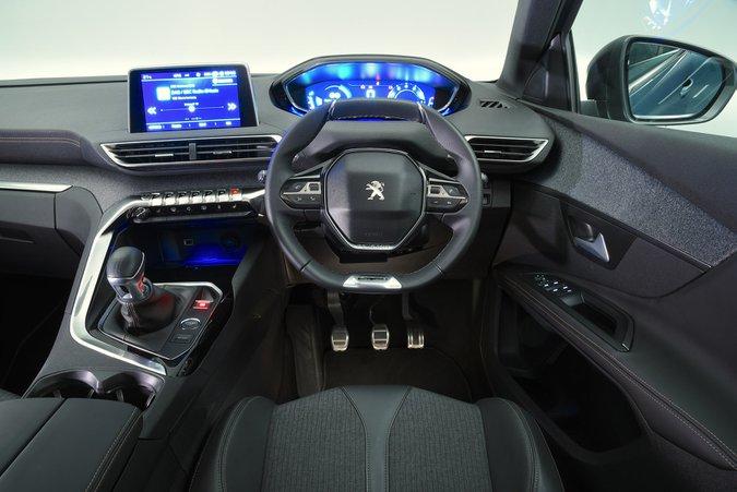 Cruscotto Peugeot 5008 2018 guida a destra