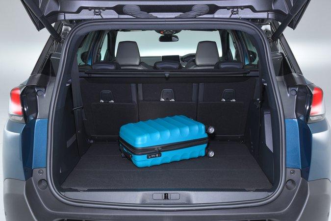 2018 Peugeot 5008 boot open RHD