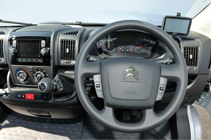 Citroën Relay - interior