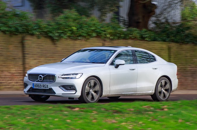 LT Volvo S60 drive by