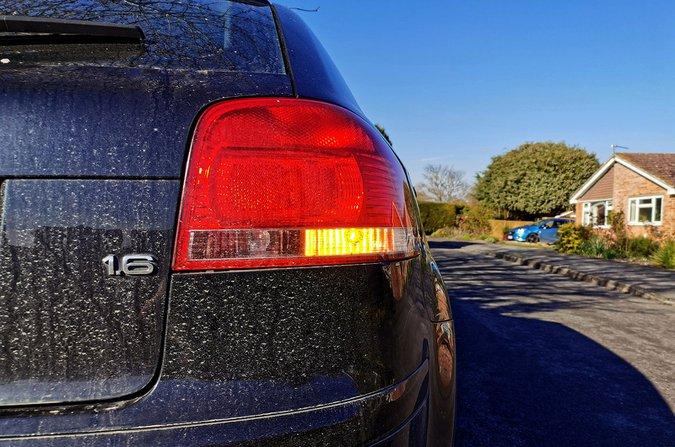 Audi A3 hazard lights