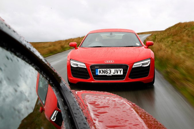 Audi R8 front three quarters