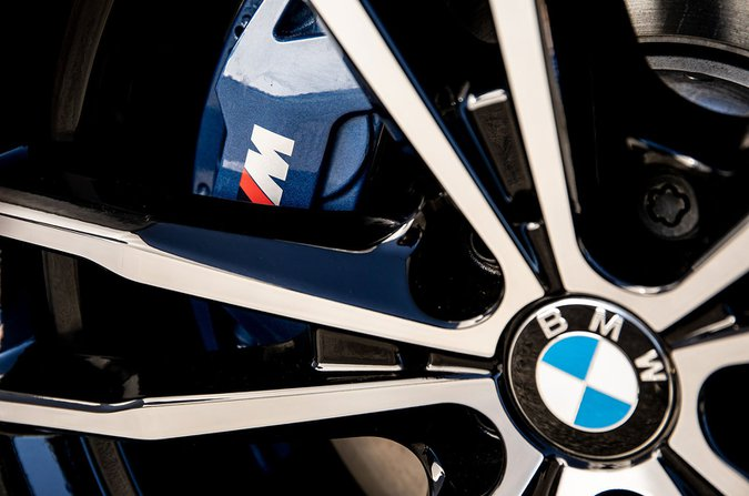 BMW 330e alloy wheel
