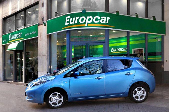 Nissan Leaf rental car