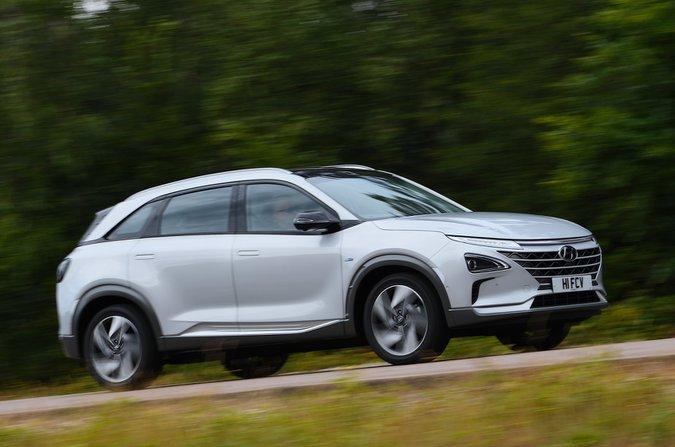 Hyundai Nexo front action