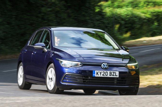 2020 Volkswagen Golf front action