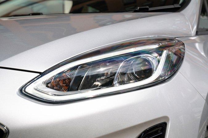 Ford Fiesta LED headlights