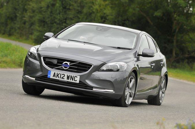 Volvo V40 2012-2019 front corner