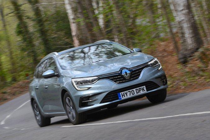Renault Megane Sport Tourer 2021 front cornering