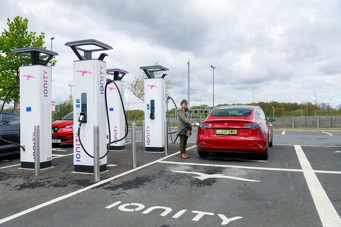 Ionity charging point with Tesla Model S 21-plate #2