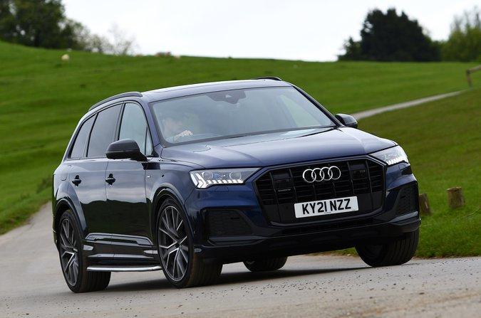 Audi Q7 2021 front