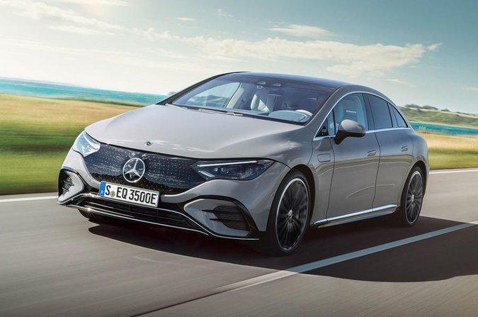 Mercedes EQE anteriore