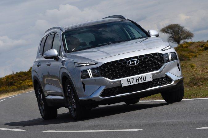 Hyundai Santa Fe 2021 ön sağ takip