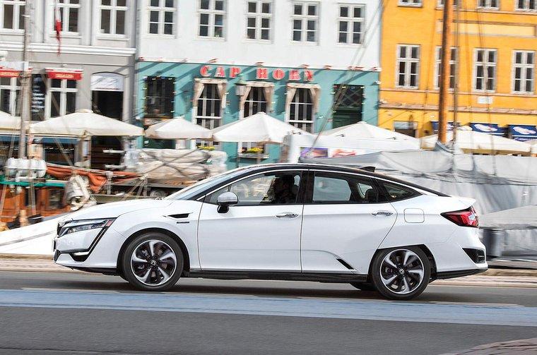 Honda Clarity 2017 verdict and specs