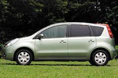 Nissan - Seat