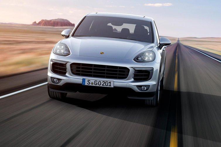 2015 Porsche Cayenne revealed
