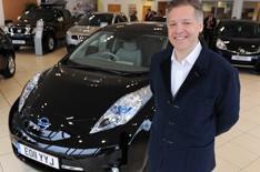 Nissan Leaf deliveries start in UK