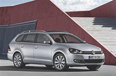 VW reveals new Golf estate