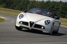 Alfa Romeo 8C Spider: driven
