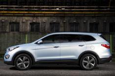 Hyundai Grand Santa Fe set for Geneva