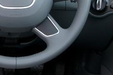 Sat-nav reinvents the steering wheel
