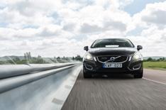 2014 Volvo XC90's safety kit explained