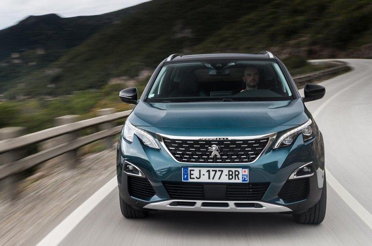 2017 Peugeot 5008 verdict and specs
