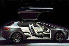 Subaru lifts lid on hybrid Tourer