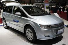 Chinese hybrid and electric cars for UK