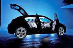 Hyundai's new Veloster revealed (nearly)