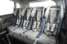 New child seat can hold four children