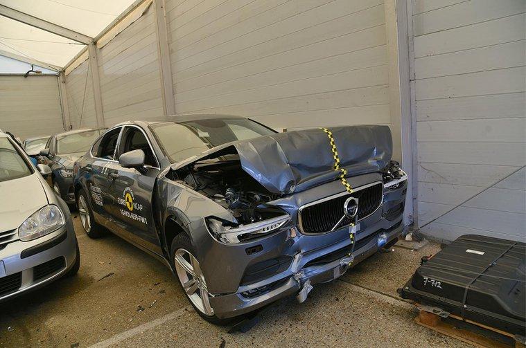 How Euro NCAP crash tests save lives