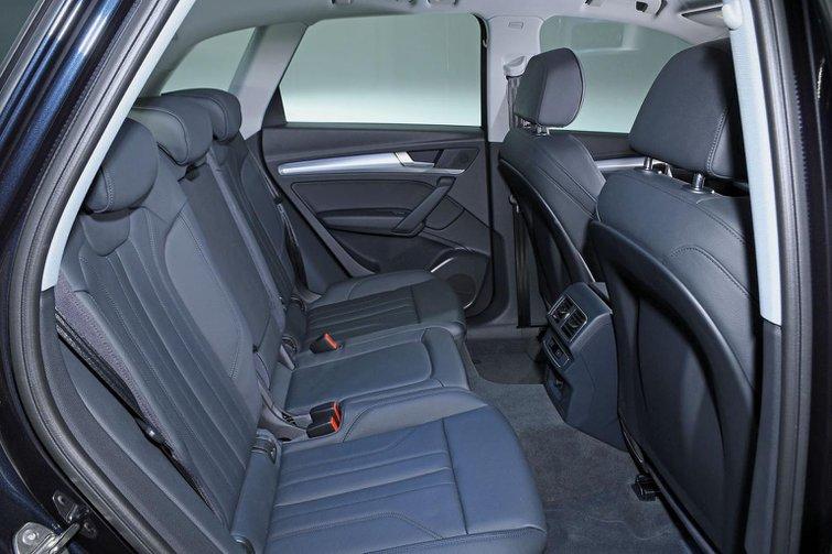 New DS 7 Crossback vs Audi Q5 vs Volvo XC60