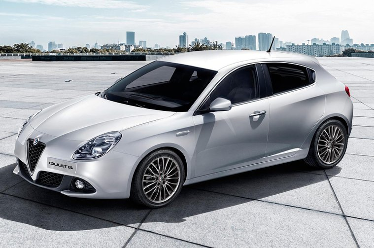 2016 Alfa Romeo Giulietta facelift revealed