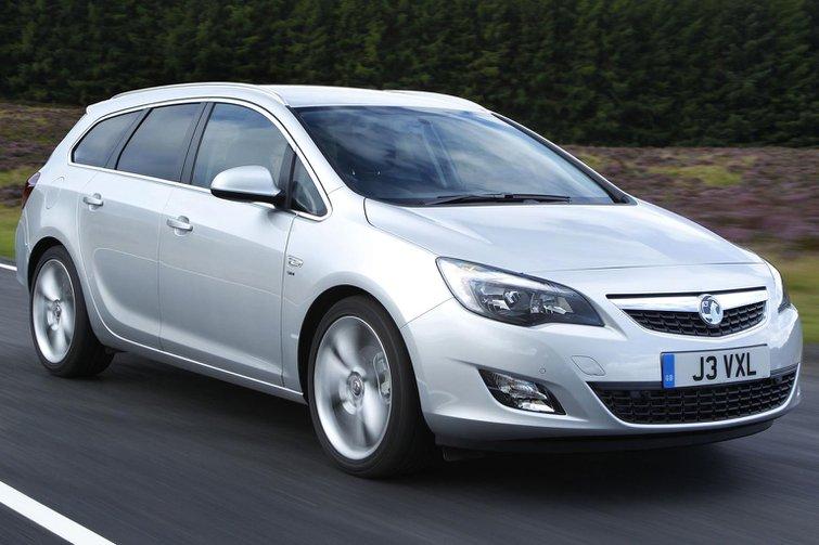 2014 Vauxhall Astra Sports Tourer 1.6 CDTi review