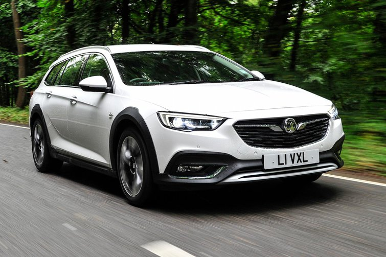 2017 Vauxhall Insignia Country Tourer review - price, specs and release date