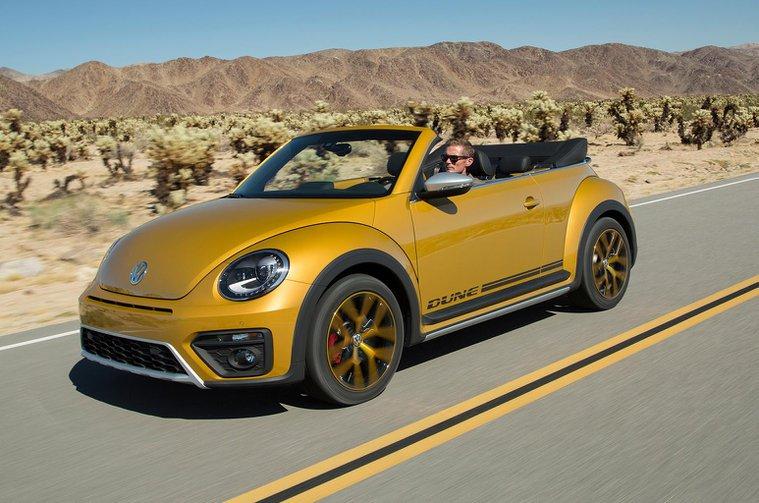2016 Volkswagen Beetle Dune 1.8 TSI Cabriolet prototype review