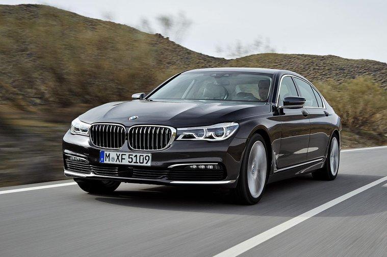 2015 BMW 7 Series revealed