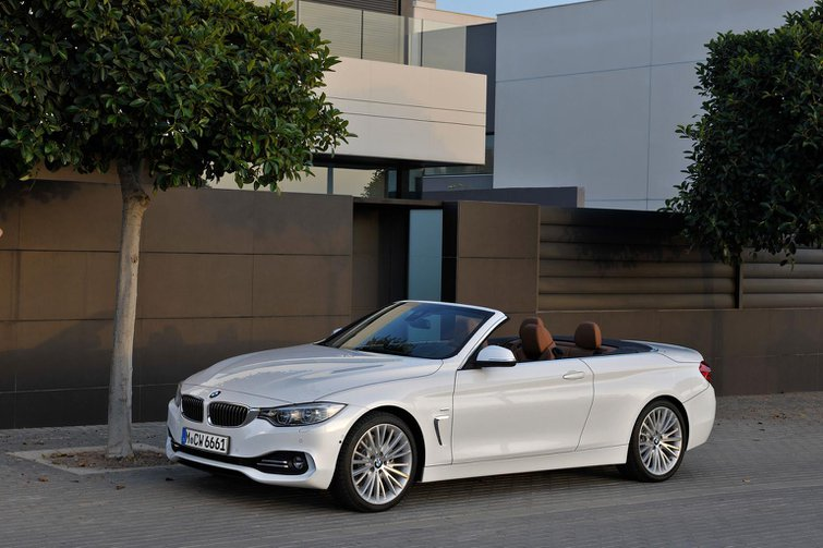 2014 BMW 4 Series Convertible revealed