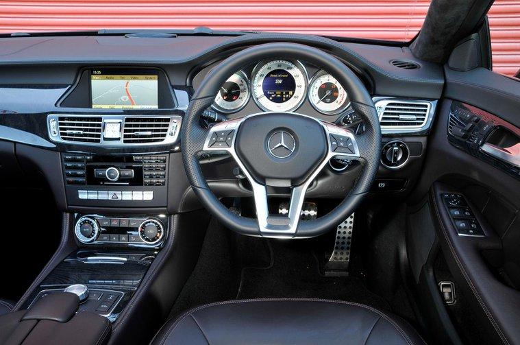 Used test – stylish luxury cars: Mercedes-Benz CLS vs Porsche Panamera